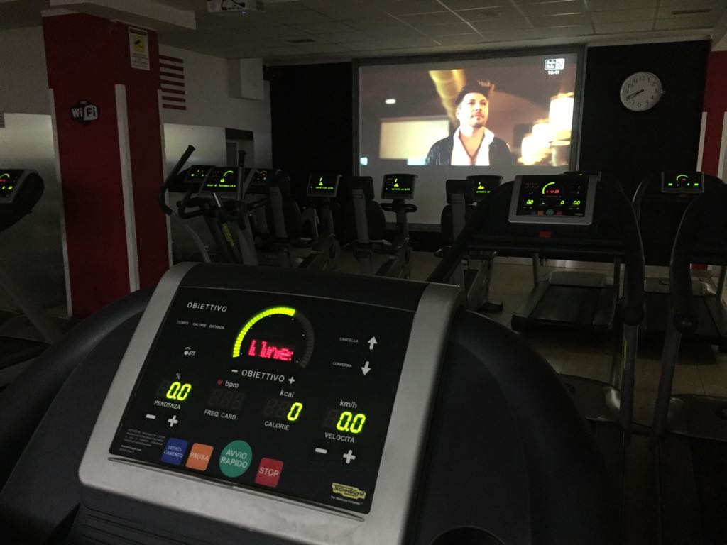 05-Tapis-Roulant-Cyclette-Maxischermo-Palestra-Time-Fitness