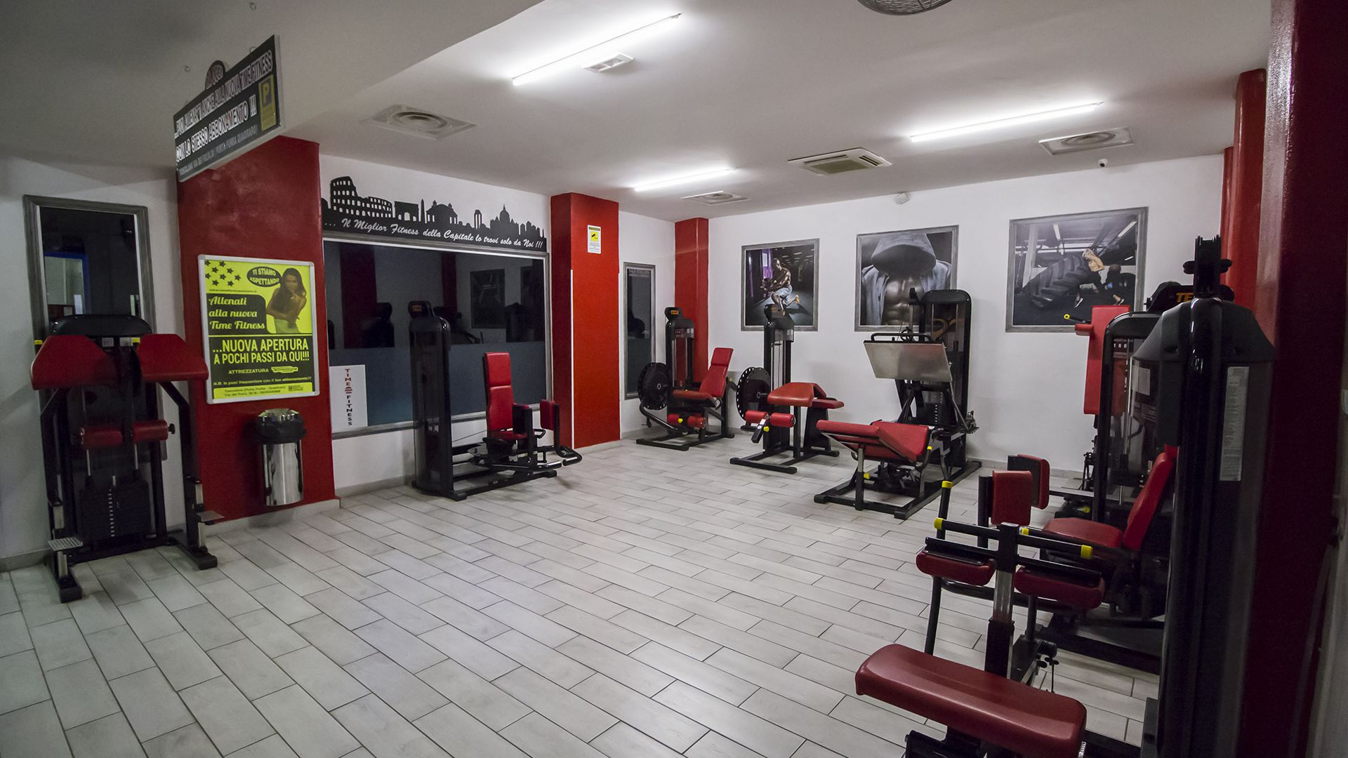 Attrezzi PAlestra Time Fitness