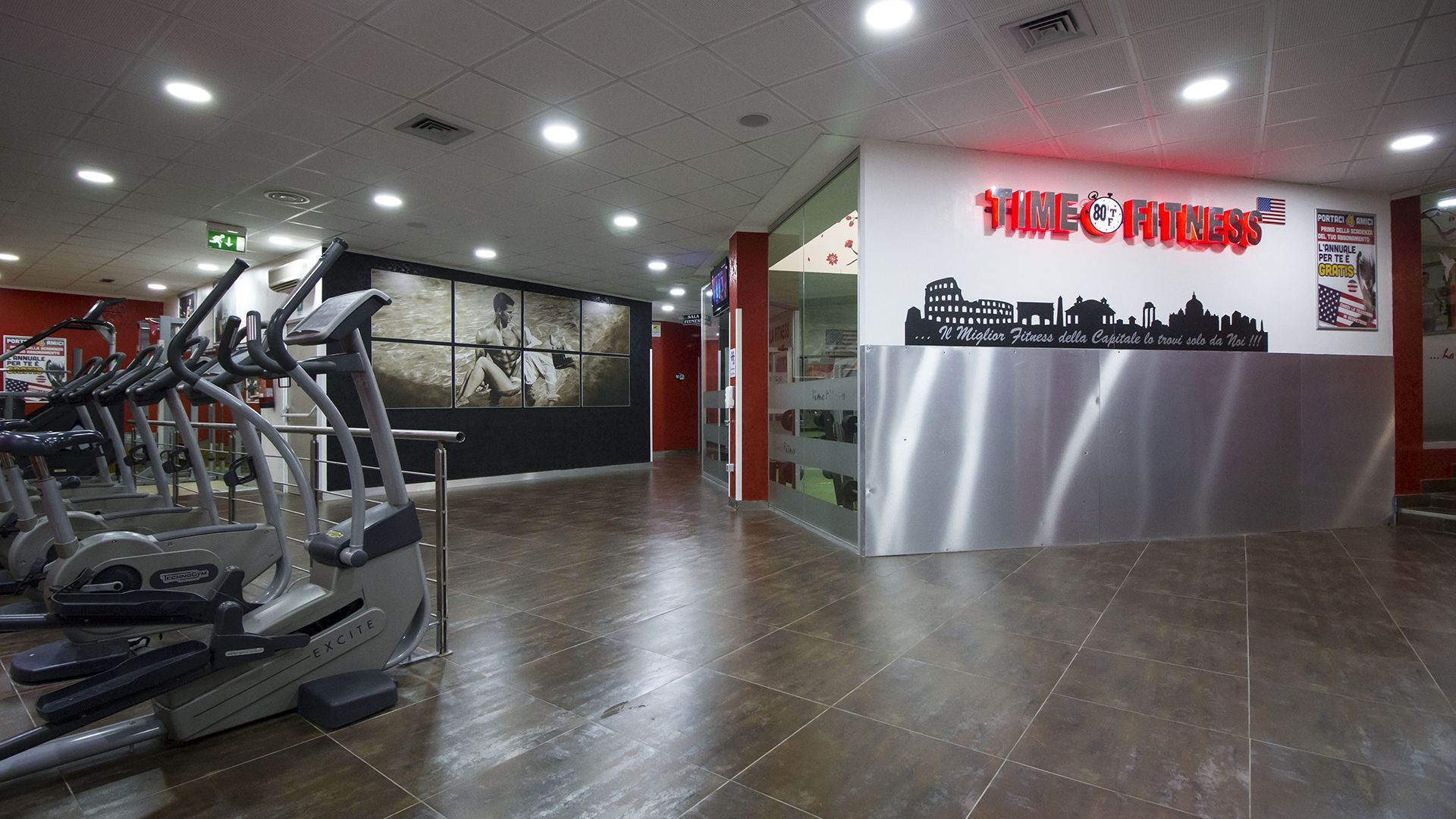 Paloestra Time Fitness Quadraro Panoramica Cyclette