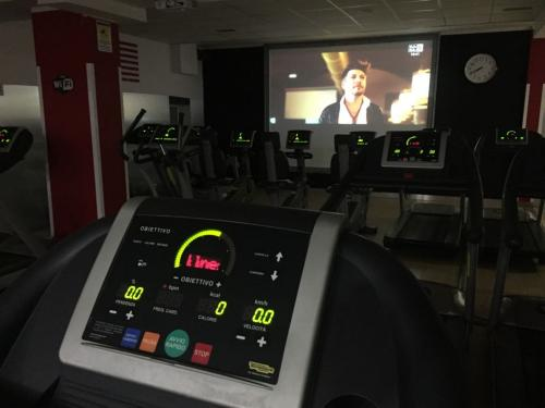 05-Tapis Roulant Cyclette Maxischermo Palestra Time Fitness